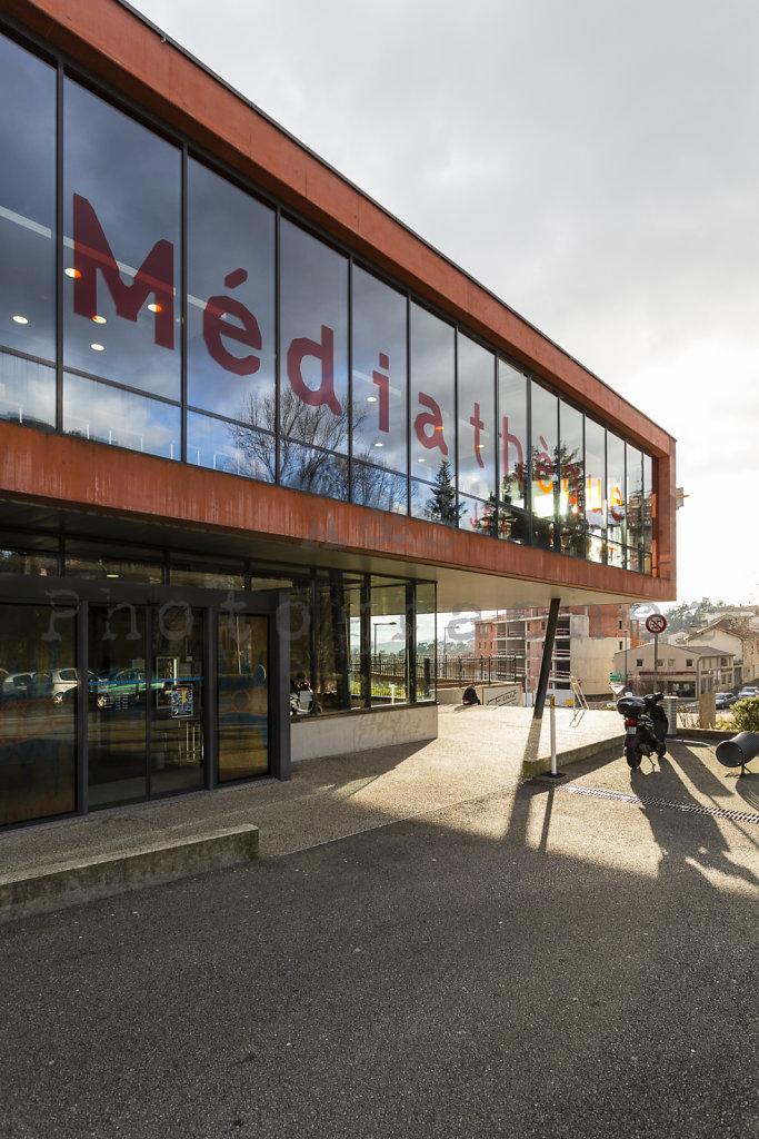 Médiathèque Jean Ferrat à Aubenas - 2006 - CR & ON Architectes