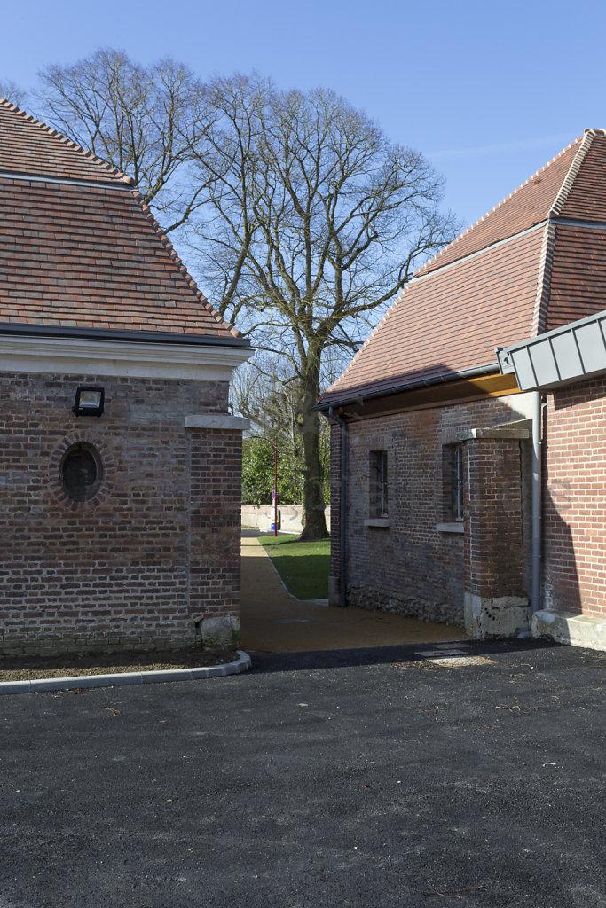 Halle-publique-Jardin-Centre-Bourg-Tourny-web-170302-011.jpg