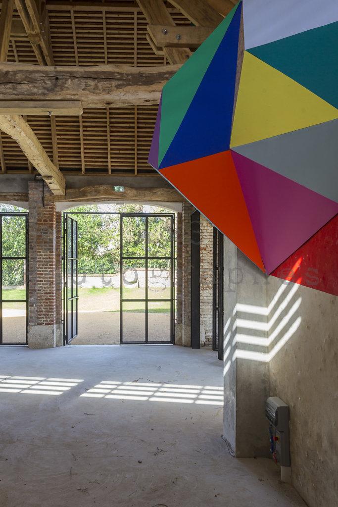 Halle-publique-Jardin-Centre-Bourg-Tourny-web-170302-021.jpg