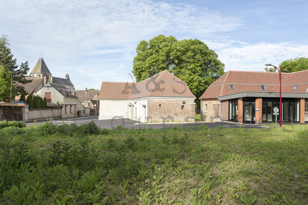 Halle-publique-Jardin-Centre-Bourg-Tourny-web-170517-013.jpg
